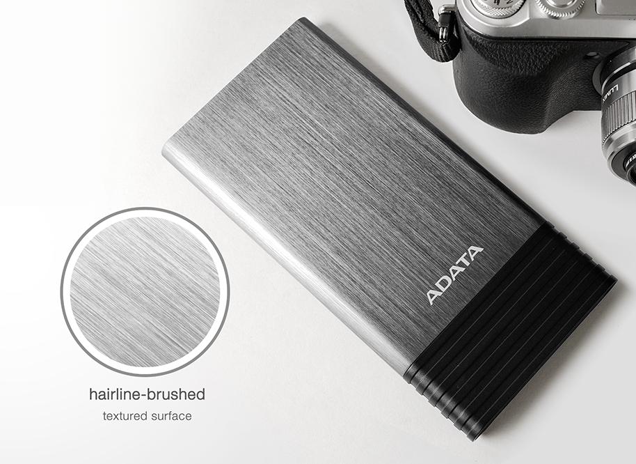 همراه ای دیتا مدل x7000 ظرفیت 7000 میلی آمپر ساعت 6 - شارژر همراه ای دیتا مدل X7000 ظرفیت 7000 میلی آمپر ساعت